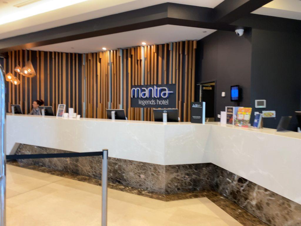 マントラ・レジェンズ・ホテルのフロント