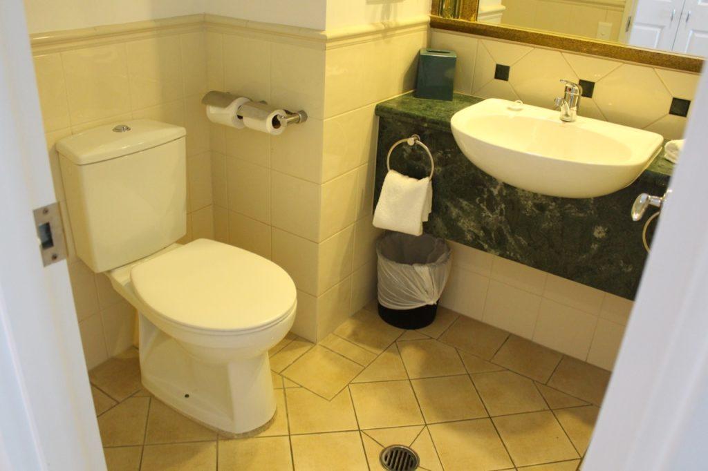 マントラ・レジェンズ・ホテルのトイレ